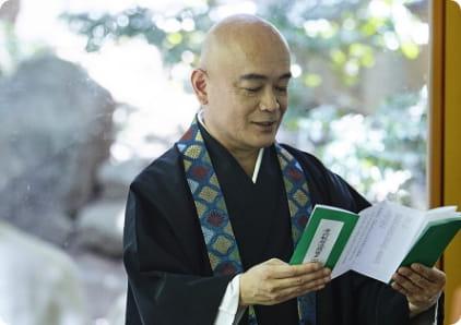 百ケ日法要の僧侶手配